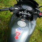 Ma moto est élevée au grain!